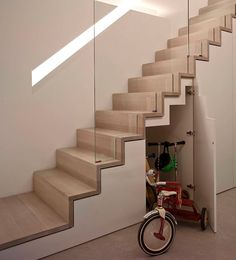 Modern Staircase Design Ideas - Modern stairs come in lots of design and styles that can be genuine eye-catcher in the different location. We have actually assembled best 10 modern versions of stairs that can provide. Wooden Staircase Design, Home Stairs Design, Wooden Staircases, Interior Stairs, Interior Architecture, Interior Design, Staircase Design Modern, Floating Staircase, Spiral Staircases