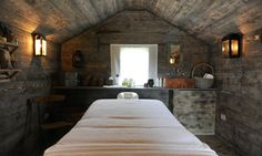Potting Shed massage room..would be an amazing massage office for me :-)