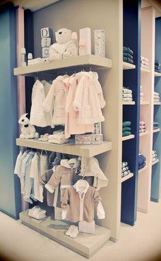 Baby Dior OMG, toooooo adorable =) Je veux trop y aller!  Dommenge qu'il n'y en a pas au Canada et aux USA :-(