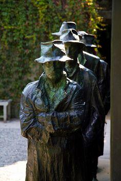 George Segal's Depression Bread Line, Grounds for Sculpture, Hamilton, NJ.