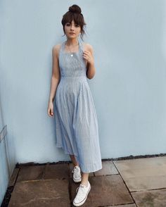 """7,592 Beğenme, 38 Yorum - Instagram'da Alice Catherine (@alicecatherine): """"The perfect dress for a day at the seaside @newlookfashion - product code 535639549 or shop…"""""""