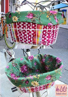 this is too cute! Polka Dot Reversible Bike Basket Liner  by MrsDiDiCraftShop, €27.00