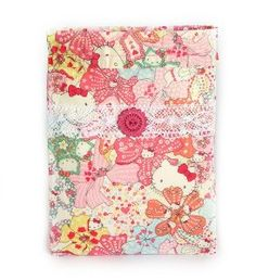 Original funda de tela para kindle hecha a mano. #Handmade #DIY #Craft #Hechoamano #LibertyPrint  #SewLiberty #HelloKitty