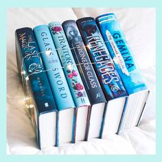 blue & lights by annreads Bookstagram layout ideas