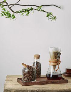 I Love Coffee, Coffee Shop, Coffee Photography, Food Photography, Coffee House Interiors, Coffee Study, Chemex Coffee, Coffee Supplies, Home Coffee Stations