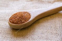 Used as a condiment that is often combined with other ingredients when in ground form. Merkén is a traditional condiment in Mapuche cuisine in Chile. #merken #merquen #chile #smoked #chili #pepper #mapuche #traditional #condiment #ingredients #southamerica #cuisine #toasted #redpepper #seed #salt #spoon
