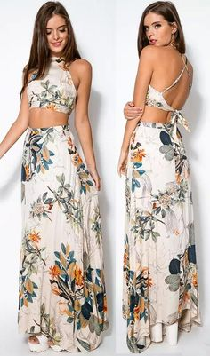 Add some artistic floral print to your wardrobe with perfect matching sets of crop top and maxi skirt. Full of seasonal vibes all year round, the floral maxi can be worked to fit any occasion from events to date night alike. Get the look at CUPSHE.com