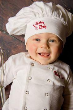Stephanie Neale Photography | Baby Aspen Big Dreamzzz | Baby Chef | Fan Friday |   sc 1 st  Pinterest & Baby Baker Costume from Baby Aspen | babyu0027s first halloween ...