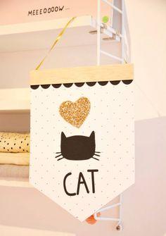 Lucille dessine - Le CAT SHOP des Petits hauts Photo ©Des Petits...