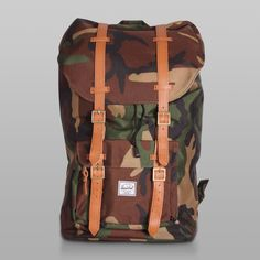 eff884e97a20 Herschel Little America Camo Herschel Supply Backpack