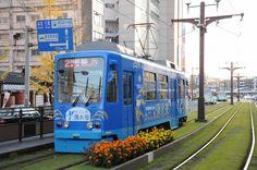 【南九州の旅】 12月3日 鹿児島市交通局の路面電車(鹿児島市電)を、鹿児島駅前で撮影してみました。 - 旅と鉄道・街の写真・趣味のブログ - Yahoo!ブログ