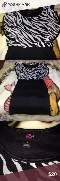 Black and White size 8 dress Black and White size 8 dress! Zebra ruffles with black bottom Iz Byer Dresses Casual