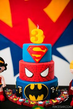 at a Superhero Party I need someone to make me a cake like this when the boys birthday comes around x Superhero Cake, Superhero Birthday Party, 4th Birthday Parties, Birthday Fun, Cake Birthday, Super Hero Birthday, Batman Party, 5th Birthday Ideas For Boys, Birthday Cake Kids Boys
