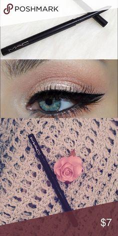 Mac eyeliner--Technakohl liner 🎀 Mac eyeliner--Technakohl liner 🎀 •Brand new •Never used  •Transfer-resistant •Long wearing, 8 hours •Smudge resistant • Applies soft and creamy •Color-Black Kylie Cosmetics Makeup Eyeliner