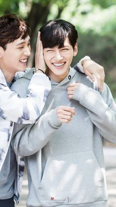 Ji Chang Wook with Choi Tae-joon in _Suspicious partner_ 2017 BTS Ji Chang Wook Smile, Ji Chang Wook Healer, Ji Chan Wook, Korean Actresses, Korean Actors, Actors & Actresses, Korean Dramas, Suspicious Partner Kdrama, Ji Chang Wook Photoshoot