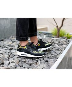 hot sale online ee153 86c67 Air Max 90 Se Black Prism Pink Summit White Womens Cheap Sale