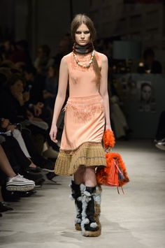 Prada Fall 2017 Fashion Show, Milan Fashion Week, MFW, Runway, TheImpression.com - Fashion news, runway, street style, models
