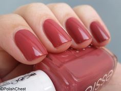 In Stitches | Essie