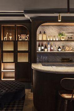 Buena Vista Hotel in Mosman by SJB Interiros & Tess Regan Design. Deco Restaurant, Restaurant Design, House Restaurant, Cafe Bar, Bar Interior Design, Interior Decorating, Loft Design, Design Hotel, Decorating Ideas