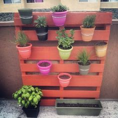 Vertical Pallet Garden tutorial....neat idea for limited space for plants to be displayed