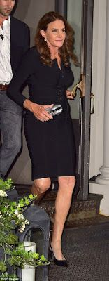 Stunning woman! Caitlyn Jenner makes a glamorous debut as she parties on the New York City night scene - http://www.nollywoodfreaks.com/stunning-woman-caitlyn-jenner-makes-a-glamorous-debut-as-she-parties-on-the-new-york-city-night-scene/