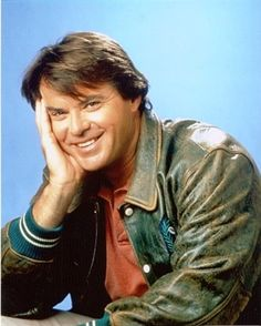 Robert Urich, late American actor known for his roles in the TV series Vegas and Spenser for Hire. He was a graduate of Michigan State University.