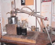 par Coffee Maker, Kitchen Appliances, Floral, Alchemy, Pharmacy, Alcohol, How To Make, Coffee Maker Machine, Diy Kitchen Appliances