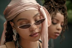 The Kids Are More Than Alright: Chloe and Halle Are Killing It Interview, Shakira, Black Girl Magic, Black Girls, Modelos Victoria Secret, Chloe Halle, Skin Girl, Sunglasses For Your Face Shape, Ray Bans