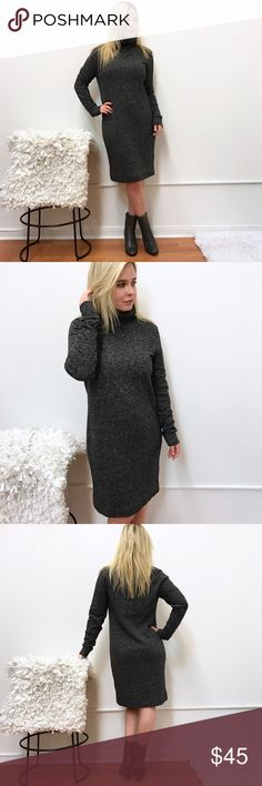 """Madewell dress sz L Large in gray Madewell dress. Sz L. Great condition. The material tag is no longer there, only a piece that says it's a cotton blend. Warm material. Chest flat across 19"""" length 39"""" Madewell Dresses Long Sleeve"""