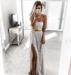 """KELSEY FLOYD no Instagram: """"You all need to treat yourself with a @sistersthelabel gown ✨"""""""