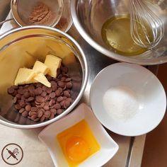Encomendas prontas...hora de fazer os doces para o nosso dia dos pais! O que será que vai sair?  Mais informações no nosso site nuageduchocolat.com