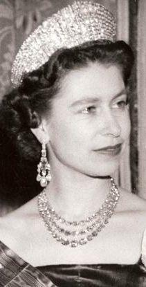 The Queen wearing the Greville Chandelier Earrings, the Festoon Necklace and the Russian Kokoshnik Tiara.