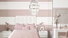 Soft pink bedroom with glamorous chandelier - Everything about this bedroom strikes a romantic cord! Dream House Interior, Room Interior, Awesome Bedrooms, Beautiful Bedrooms, Modern House Design, Modern Interior Design, Ideal Home Magazine, Chandelier Bedroom, White Bedroom