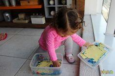 Arte para bebês - Como fazer meu primeiro mestre da história da arte - pintando como Pollock Plastic Laundry Basket, Kids Toys, Jackson Pollock, 1, Homemade Gifts, Art For Toddlers, Art History, Diy Creative Ideas, Pranks
