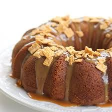 Caramel Apple Spice Cake..... mmmm, good