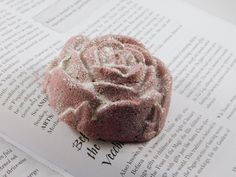 Snow & Roses Bath Bomb