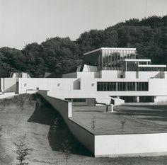 Art Museum (1958-71) in Aalborg, Denmark, by Jean-Jacques Baruel & Alvar Aalto