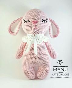 I love your picture of Mia the Bunny! Crochet Animal Patterns, Stuffed Animal Patterns, Amigurumi Patterns, Amigurumi Doll, Crochet Animals, Crochet Bunny, Crochet Dolls, Borboleta Crochet, I Love You Pictures