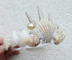 we are made of stardust Mermaid Crown, Mermaid Diy, Purim Costumes, Seashell Crown, Head Band, Bone Crafts, Unicorns And Mermaids, Maquillage Halloween, Mermaid Birthday