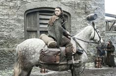 Arya stopping to see Hot Pie