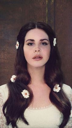 Lana Del Rey Lust for Life album cover photoshoot outtake - Kirsche