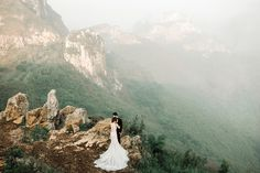 Inspiring post by Bridestory.com, everyone should read about A Pre-Wedding Shoot Amid West Java's Natural Landscapes on http://www.bridestory.com/blog/a-pre-wedding-shoot-amid-west-javas-natural-landscapes