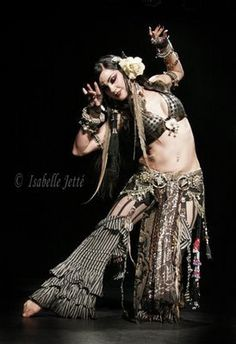 Zoey Jakes Tribal Bellydance %u2026 love this costume
