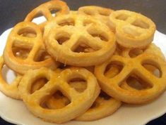 Appetizer Recipes, Appetizers, Onion Rings, Bacon, Sweets, Cookies, Ethnic Recipes, Crack Crackers, Gummi Candy