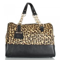 I am copletely into leopard! My bag,pefect match with my leopard loafers!