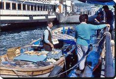 Balık ekmek (70'ler, Eminönü) #birzamanlar #istanlook #nostalji