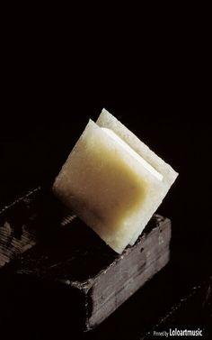 451, El Bulli, 1997, petits fours, corte de crocant de coco y amaretto (coconut and amaretto croquant slice)