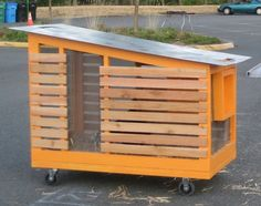 Make Design Studio Chicken Coop Back on wheels a la Joel Salatin