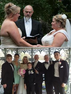 Peter Boruchowitz is a registered marriage officiant who offers the chance to unite two people in love.This wedding minister handles ceremonies of up to 400 guests. Click to read more about this New York based wedding officiant.