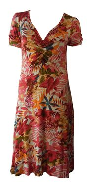 Is it about time you treated yourself to a new dress?  Have a look at this gorgeous 2 piece dress. Made in UK | http://www.madecloser.co.uk/doris-2pc-dress?filter_name=doris